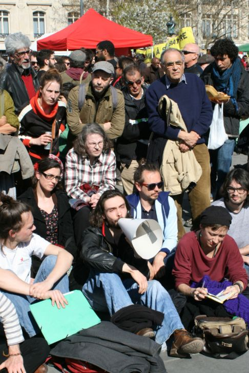 nuitdebout-2